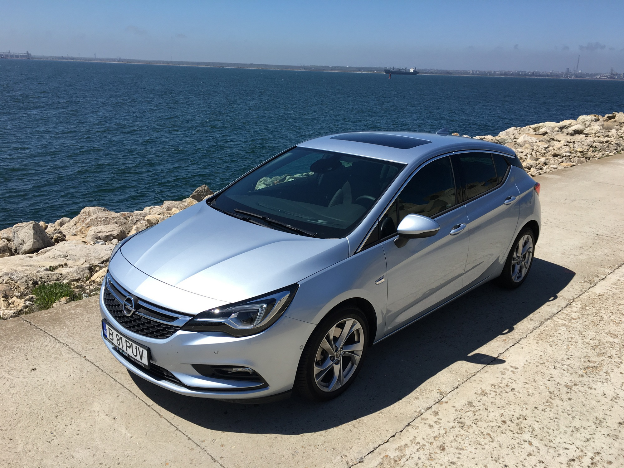 test drive opel astra k 1 6 cdti 136cp dynamic at. Black Bedroom Furniture Sets. Home Design Ideas
